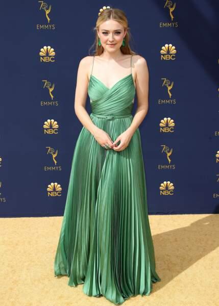 À 24 ans, elle tient un des rôles principaux dans la série The Alienist