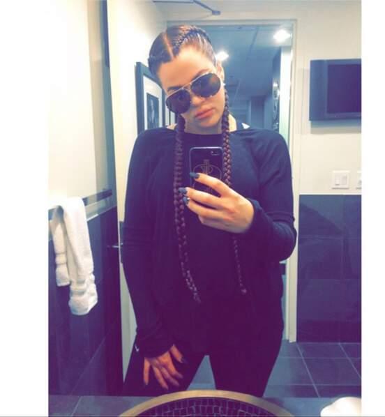 Khloé Kardashian, elle, est plutôt nattes ! Chacun son style...