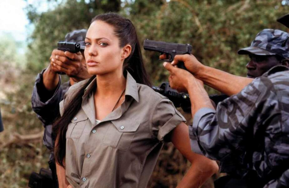 Elle endosse une nouvelle fois le costume de l'héroïne Lara Croft