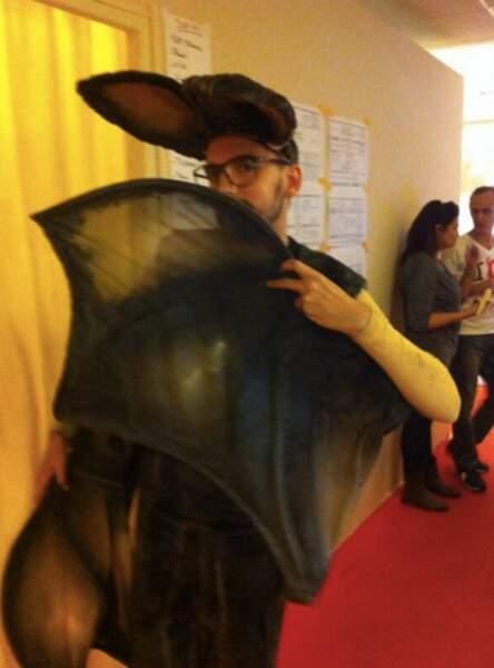 Christophe Willem déguisé en... chauve souris !