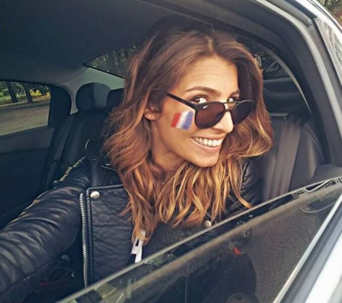 Laury Thilleman en route pour aller soutenir les Bleus