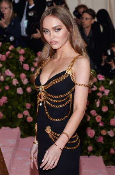 Lily-Rose Depp boudeuse. Comme d'hab…