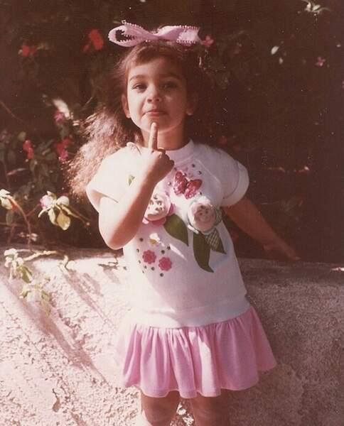Allez, on se quitte avec cette adorable photo de Kim Kardashian enfant.