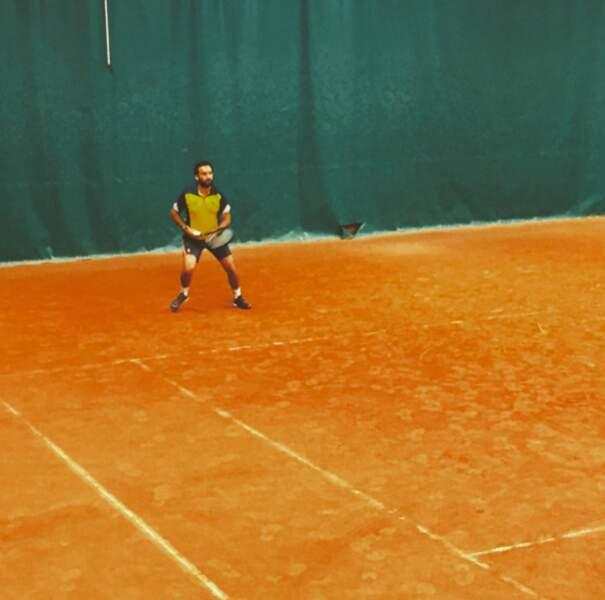 Le saviez-vous : Cyril Hanouna est passionné de tennis.