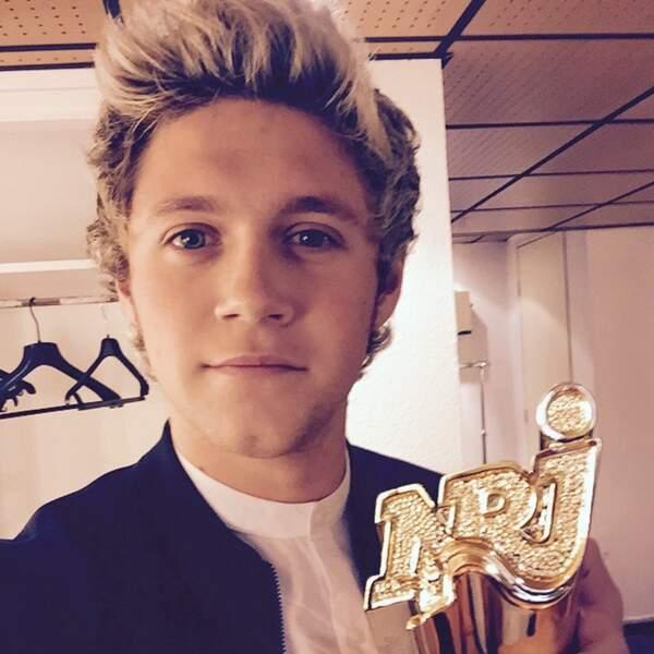 Niall Horan et l'award du groupe international de l'année pour les One Direction