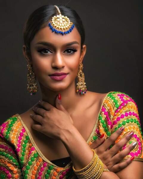 Laanya Asogan pour Singapour