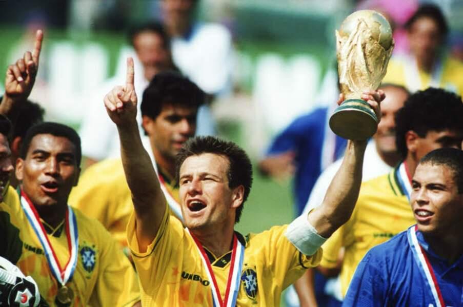 1994 - Dunga, capitaine du Brésil vainqueur face à l'Italie