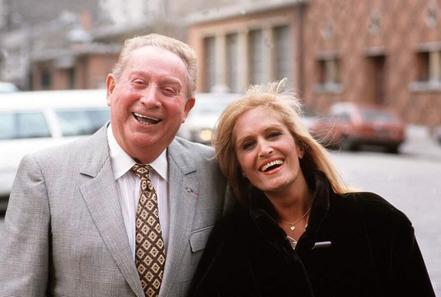 En 1986, Charles Trenet écrit pour la première fois une chanson à Dalida : Le visage de l'amour.
