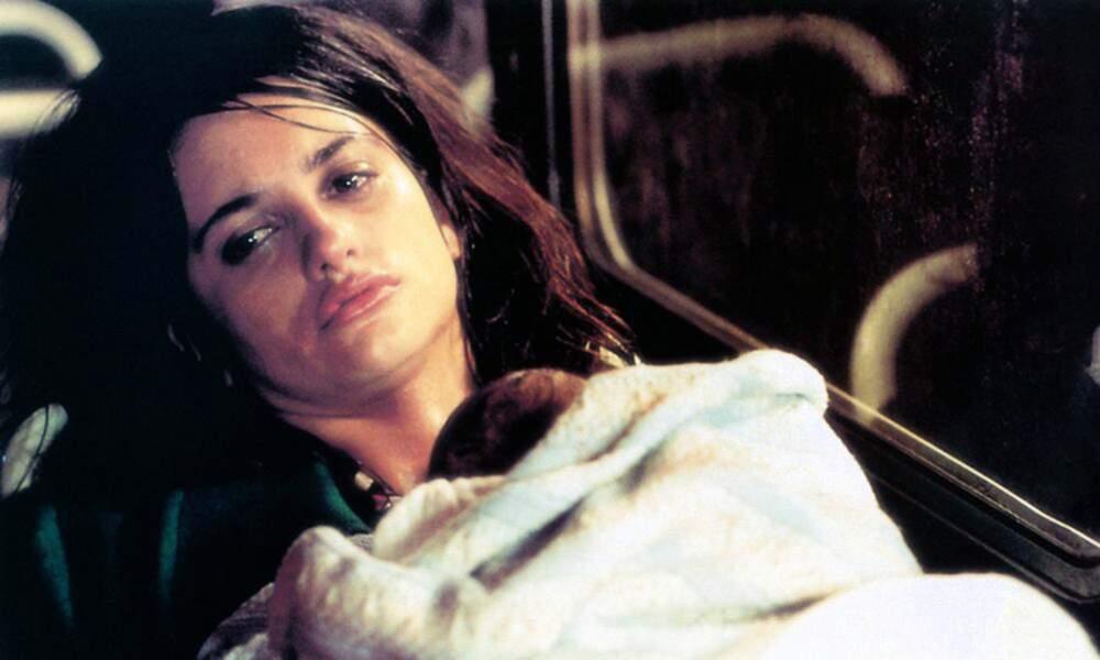 Une jeune actrice figure au casting. Pénélope Cruz collabore pour la 1ère fois avec le réalisateur