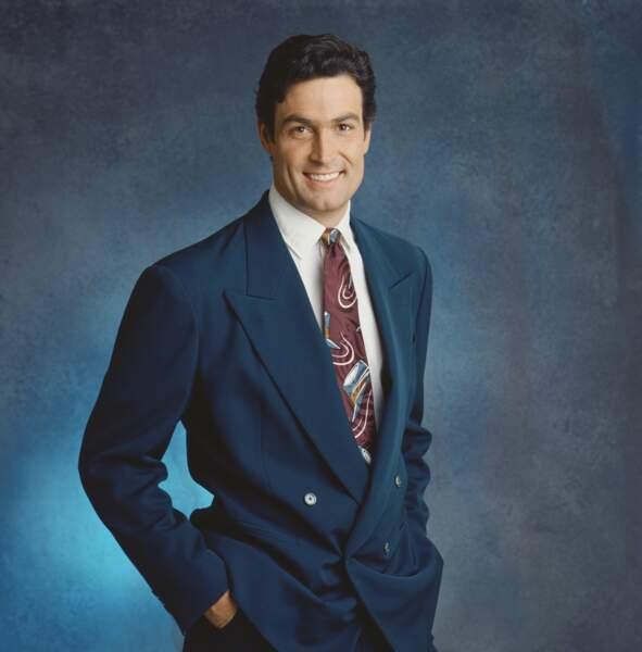 Clarke Garrison (Daniel McVicar) fut présent de 1987 (photo) à 2010