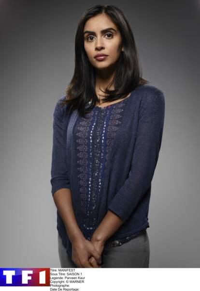 Saanvi Bahl (Parveen Kaur) n'est pas de la famille mais un personnage important de la série