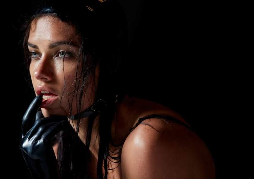 Adriana Lima pour le mois de janvier