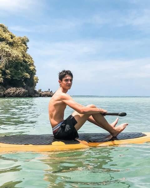 Le DJ Kungs a fait du paddle à Bali...