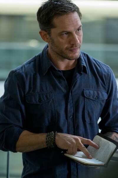 Eddie Brock (Tom Hardy), est journaliste d'investigation spécialisé dans la corruption chez les puissants