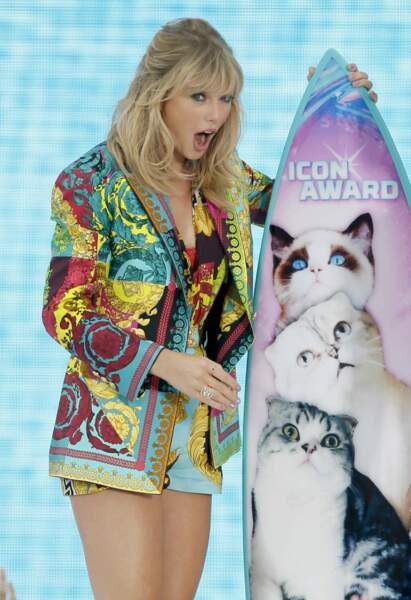 "Taylor Swift a adoré son prix de ""l'icon award"""