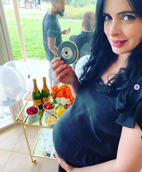 C'était l'heure de la baby shower pour Krysten Ritter.