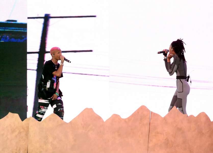 Les enfants de Will Smith, Jaden et Willow Smith, réunis sur la scène de Coachella
