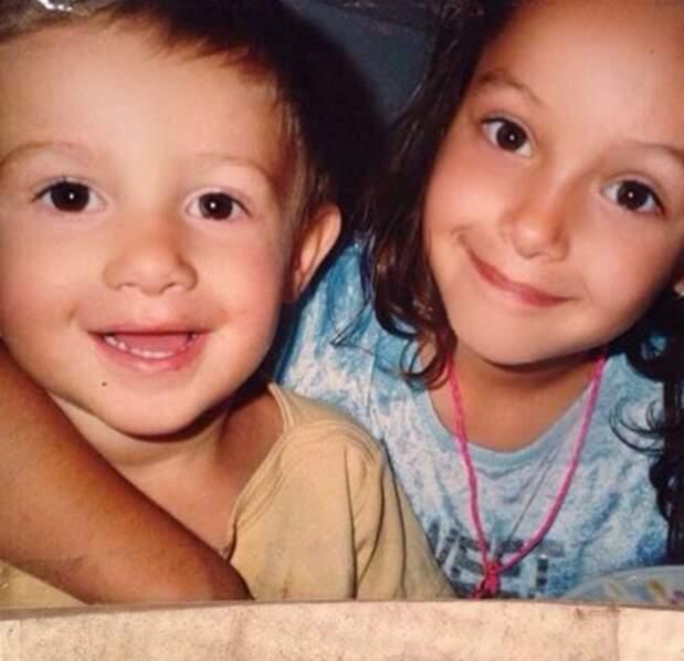 Et Nabilla et son frère Tarek, version miniature !
