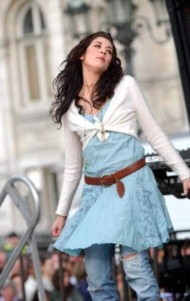Une tenue d'Esmeralda pour le concert au profit de l'association Laurette Fugain