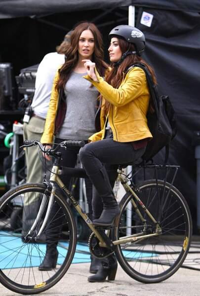 """""""Une balade à vélo ? Ah non trop dangereux ! Doublure s'il-vous-plait !"""" Prise zéro risque pour Megan Fox"""