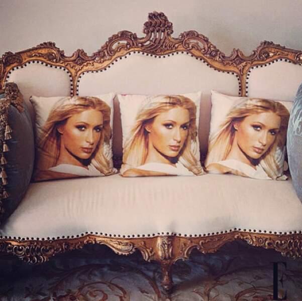 Quoi ? Vous trouvez que quelque chose cloche dans l'intérieur de Paris Hilton ? On ne voit pas non...