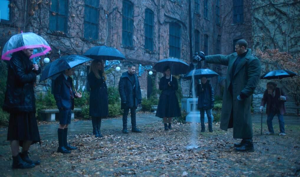 """""""The Umbrella Academy"""" (Netflix, dès le 15 février), adapté d'un comics, rassemble sept enfants surprenants."""
