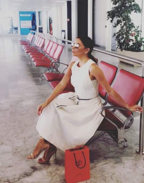 Aréoport de Nice, Aréoport de Nice, deux minutes d'arrêt. Bye Bye Eva Longoria !