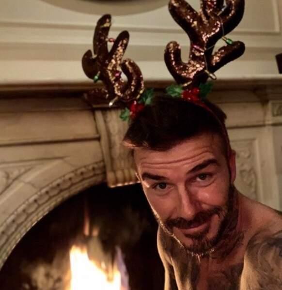 On l'avoue : un simple selfie de David Beckham torse nu avec ce serre-tête a suffi à notre bonheur.