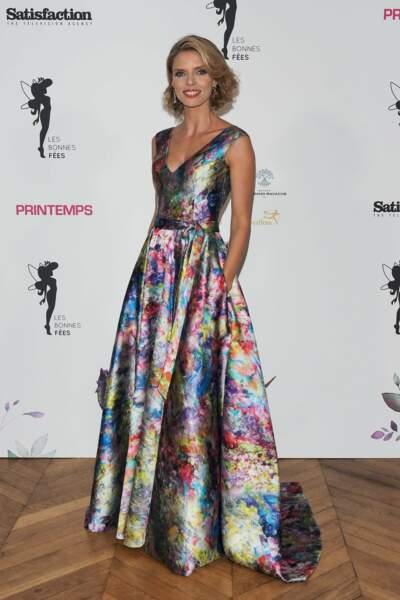 Sylvie Tellier était présente pour chaperonner ses Miss dans une sublime tenue d'un créateur lyonnais