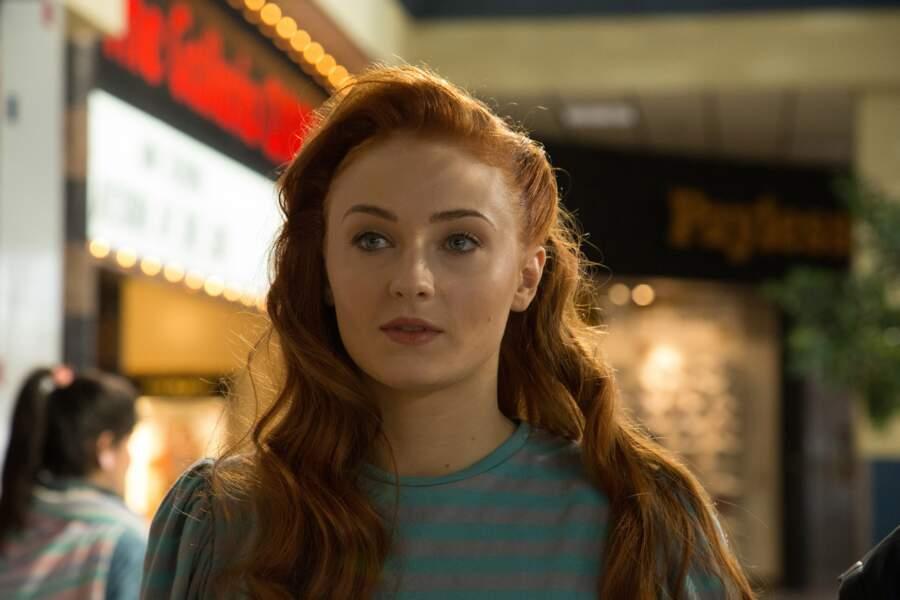 Elle a pu jouer dans X-Men : Days of future past. On la retrouvera dans le même rôleen 2018 dans X-Men Dark Phoenix