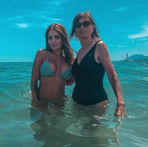 Et Aurélie Preston est allée à la plage avec sa mémé, Madeleine.