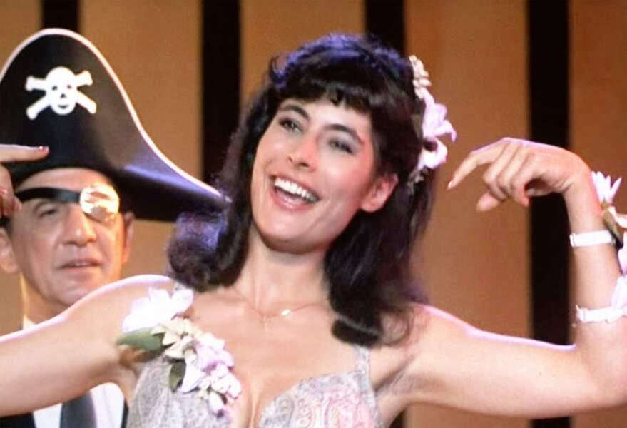 Voici Lisa, la soeur de Bébé dans Dirty Dancing, jouée par Jane Brucker