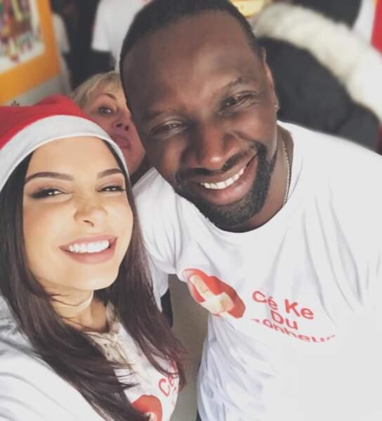 Alors que Valérie Damidot, elle, a complètement réussi son photobomb sur ce selfie d'Omar Sy et Sananas.