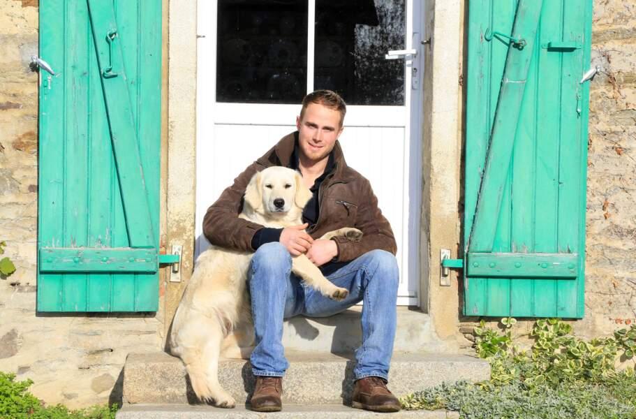 Jacky, 26 ans, est éleveur de porcs dans les Pays de la Loire