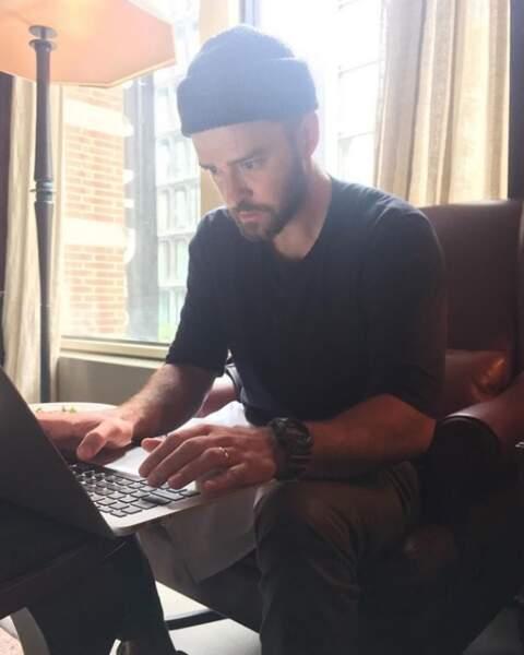 Justin Timberlake très concentré sur les paroles de son prochain tube