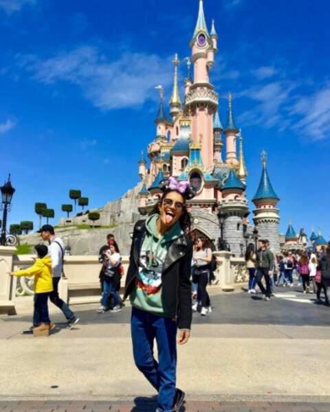 Ca vous dirait de passer une journée à Disney avec l'actrice ? Nous oui !