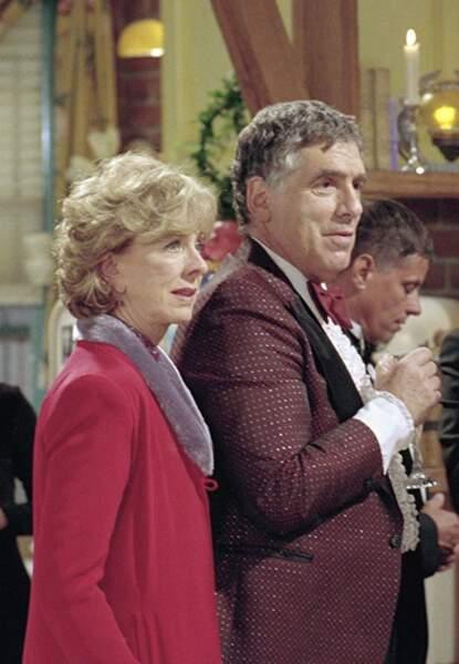 Christina Pickles était Judy, la mère de Monica et Ross ayant toujours préféré celui-ci.