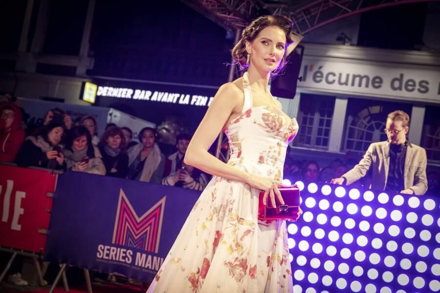 Sublime, Frédérique Bel était maître de cérémonie lors de la soirée d'ouverture de Séries Mania