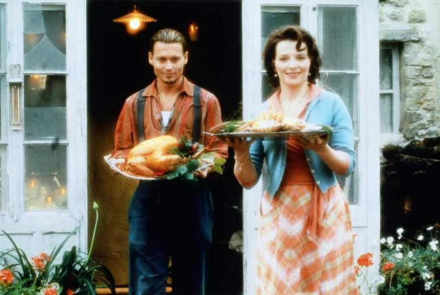 """Juliette Binoche avec Johnny Depp dans """"Le Chocolat"""""""