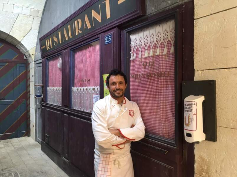 Toute l'équipe est sur le pont ! Notamment Willy Rovelli, toujours présent avec son (ignoble) restaurant !