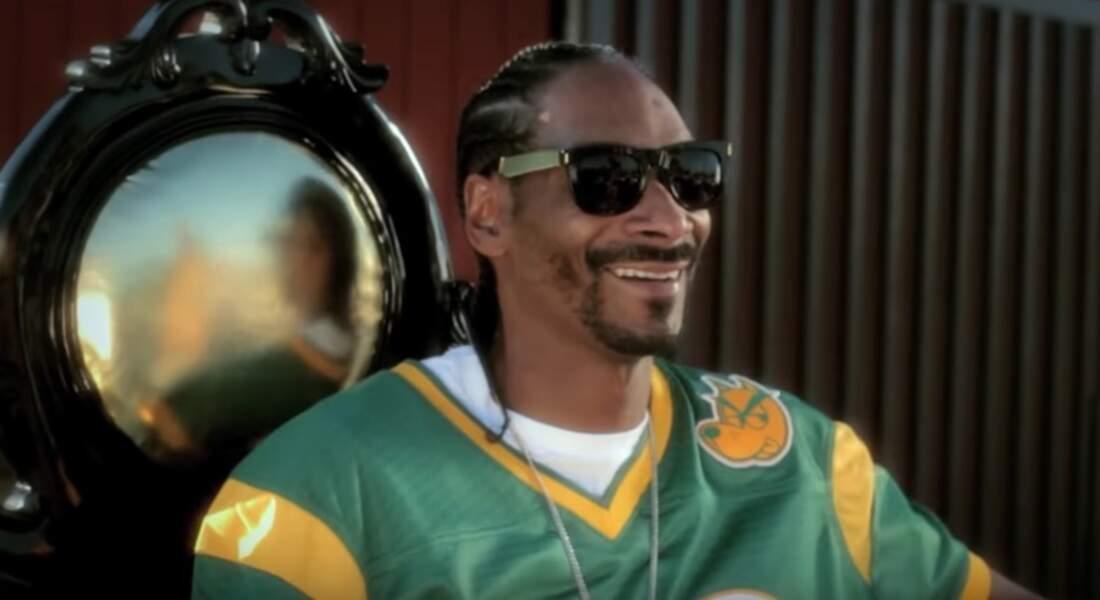 Snoop Dogg : Calvin Cordozar Broadus, Jr.
