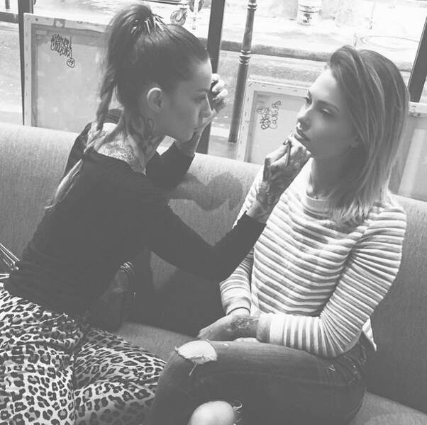 ... Caroline Receveur a retrouvé Fanny, la maquilleuse tatouée de Secret Story