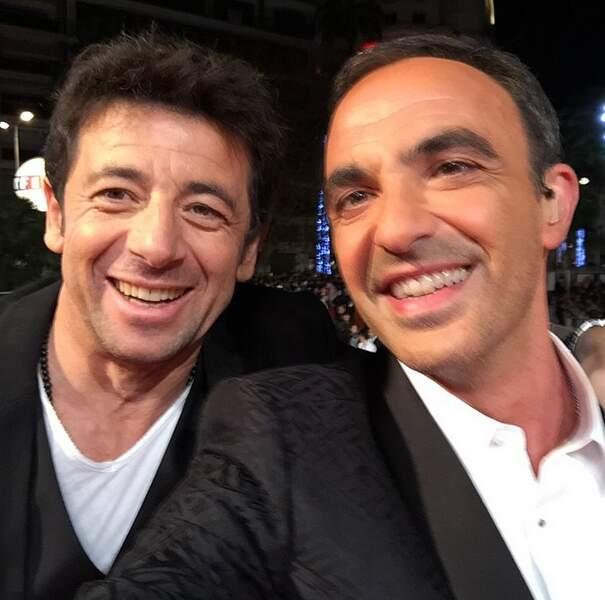 Nikos aime les selfies, ici avec Patrick Bruel...