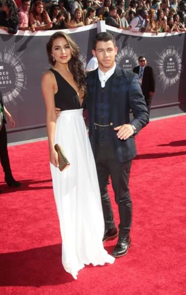 Autre couple charmant : Nick Jonas et la sublime Olivia Culpo, Miss Univers 2012 !