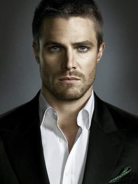 Stephen Amell alias Oliver Queen dans Arrow