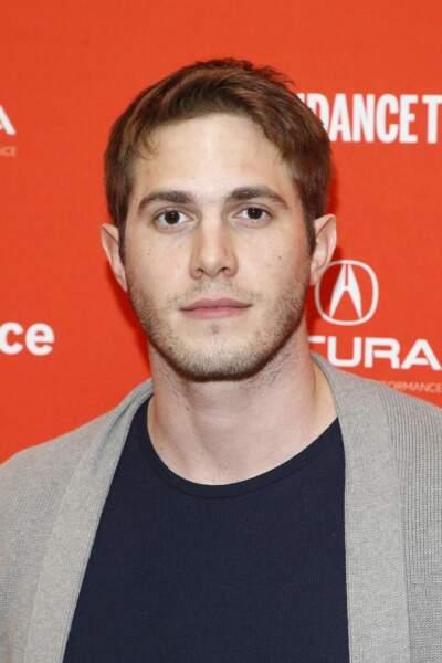 Le jeune homme, qui a divorcé de Melissa Benoist, commence une carrière prometteuse dans le cinéma indépendant