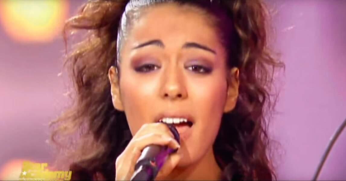 Sofia Essaïdi participe à la 3è saison de Star Academy où elle est éliminée en demi-finale