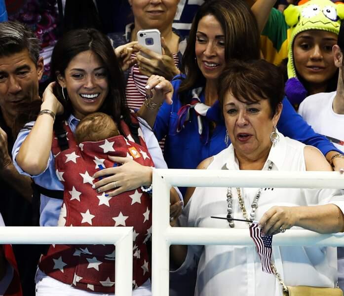 Trois générations du clan Phelps sont là pour encourager le champion