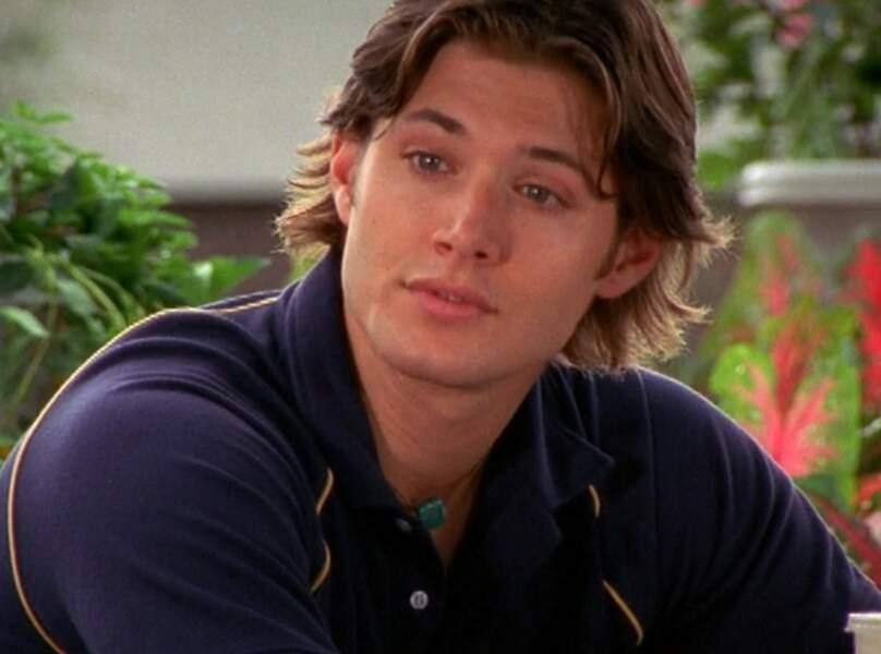 Avec sa coupe 80's, Jensen Ackles interprétait le rôle de C.J. dans Dawson