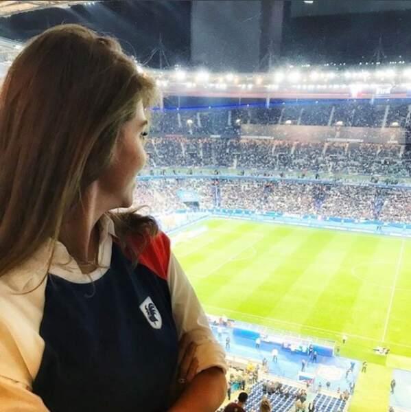Fidèle supportrice des Bleus, la présentatrice Ophélie Meunier était une nouvelle fois au rendez-vous